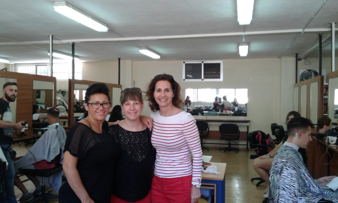 El IES El Palo acoge a  una alumna alemana para realizar prácticas de Esteticista.