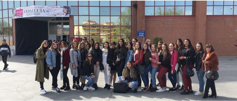 Las alumnas de Imagen Personal del IES El Palo visitan la Feria de Muestras de Armilla